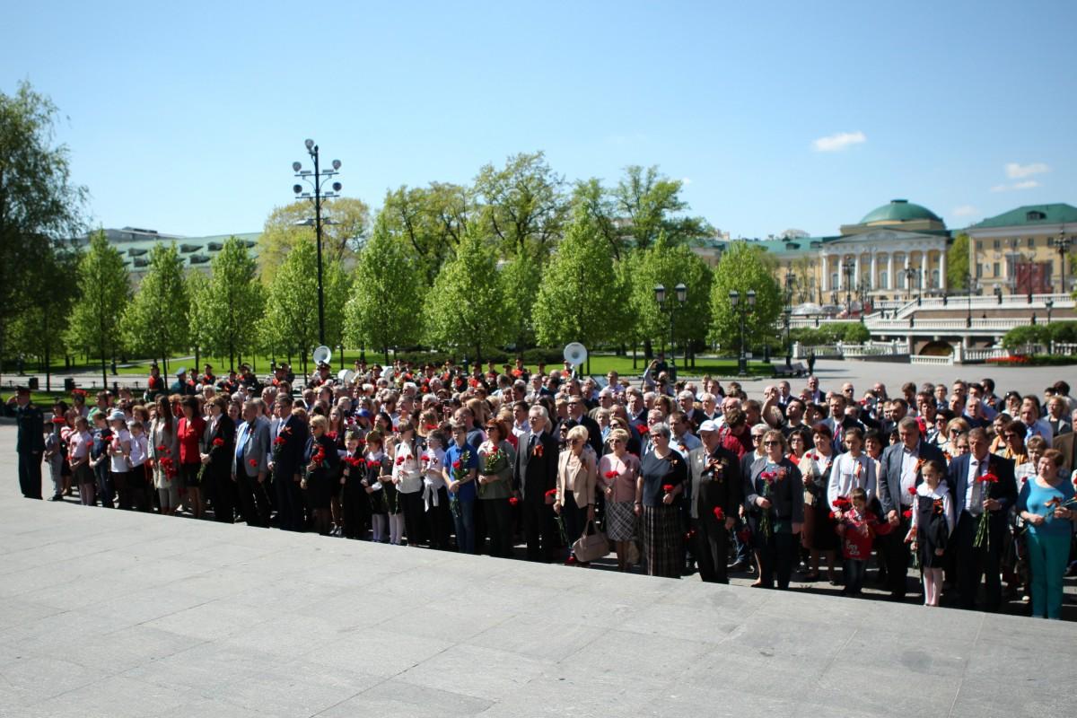 УИЦ МФП присоединился к церемонии возложения венков у стен Кремля
