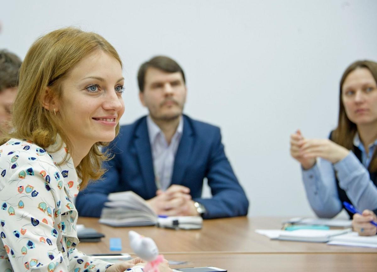 Для  молодежного актива профсоюзных организаций, лидеров молодежных движений города Москвы